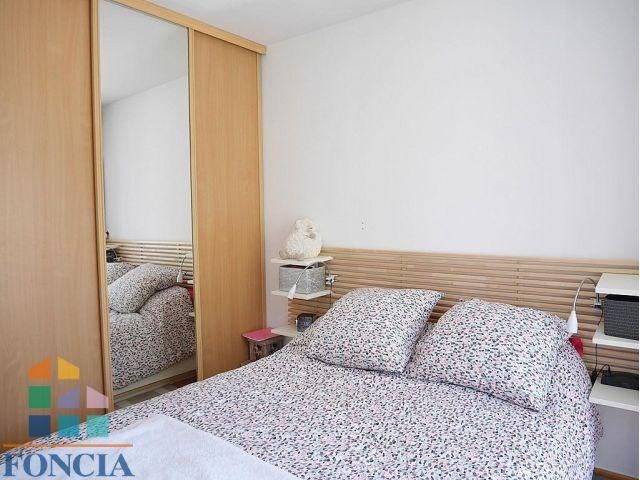 Rental apartment Suresnes 1323€ CC - Picture 4