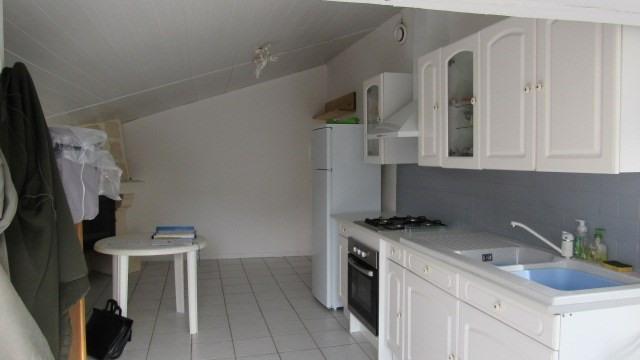 Sale house / villa Doeuil-sur-le-mignon 64500€ - Picture 5