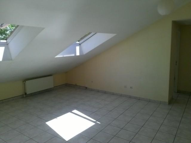 Location appartement Bron 713€ CC - Photo 2
