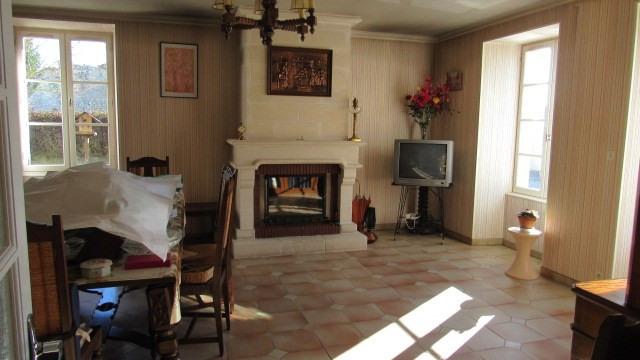 Sale house / villa Les églises-d'argenteuil 138000€ - Picture 3