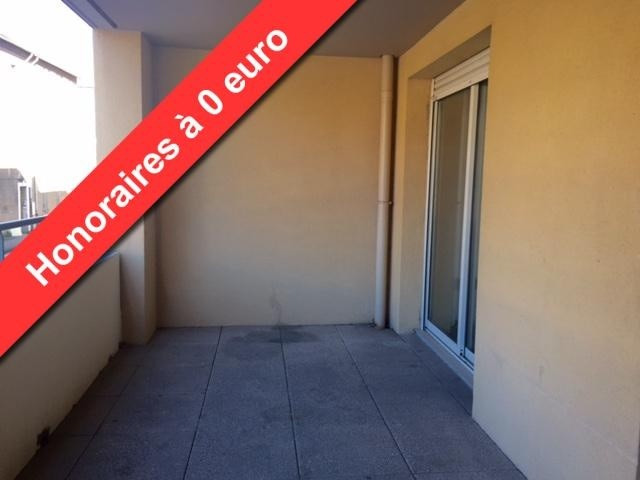 Location appartement Marseille 8ème 1 062,19€cc - Photo 1
