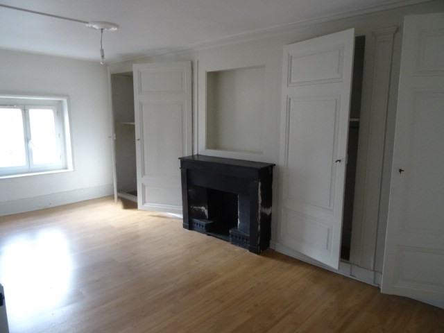 Location appartement Villefranche sur saone 605,92€ CC - Photo 2
