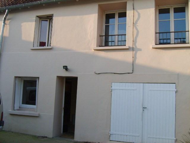Location maison / villa Gargenville 1070€ CC - Photo 1