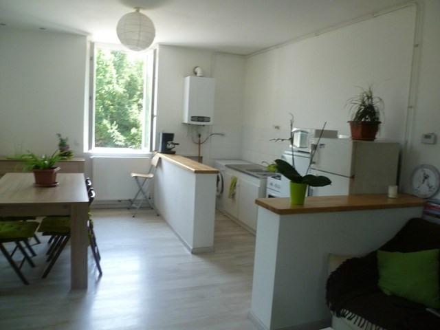 Location appartement Roche-la-moliere 565€ CC - Photo 2