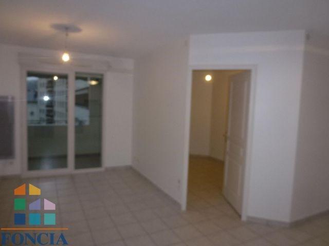 Locação apartamento Chambéry 595€ CC - Fotografia 2