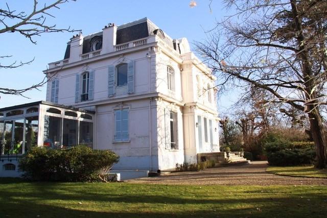 Location maison / villa Le vésinet 9000€ CC - Photo 2
