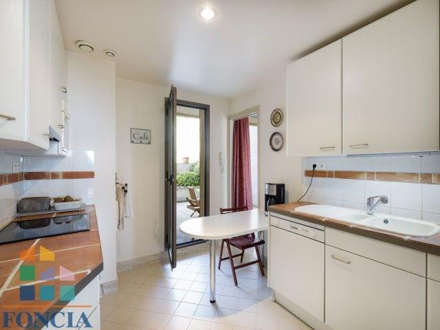 Sale apartment Suresnes 745000€ - Picture 7