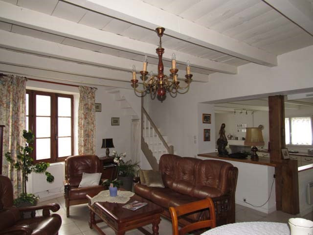 Sale house / villa Saint-jean-d'angély 138 000€ - Picture 5