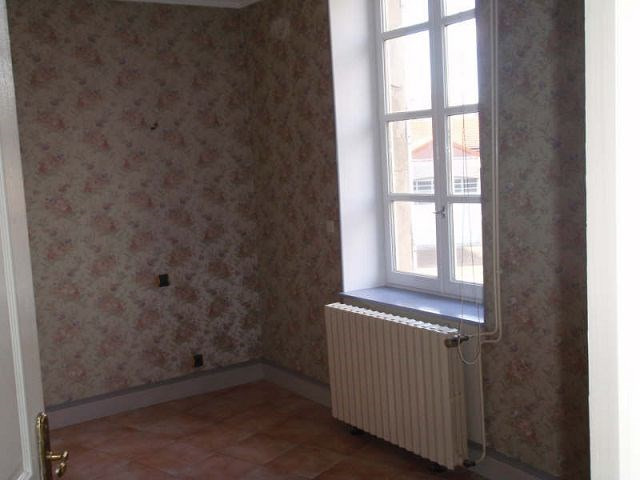 Rental apartment St vallier 500€ CC - Picture 3