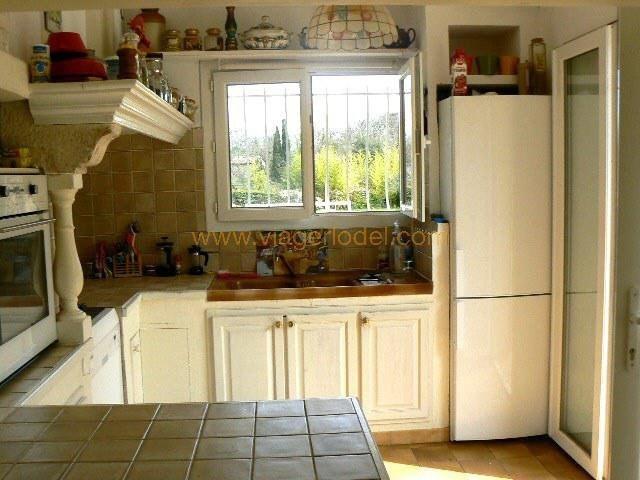 Vendita nell' vitalizio di vita casa Brignoles 94000€ - Fotografia 9