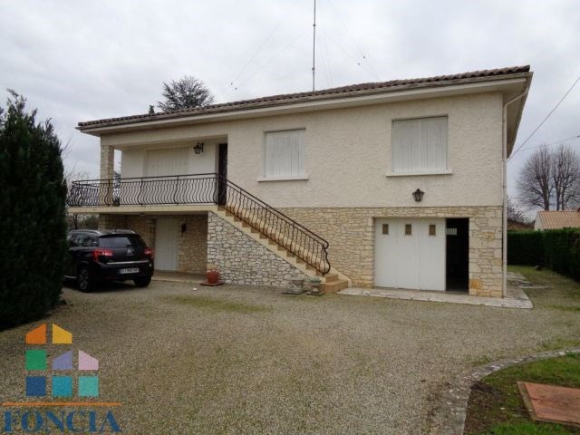 Sale house / villa Bergerac 171 000€ - Picture 1