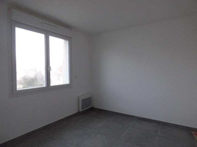 Location appartement Conflans-sainte-honorine 835€ CC - Photo 3