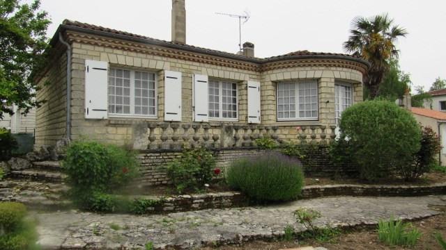 Vente maison / villa Saint-jean-d'angély 164300€ - Photo 2