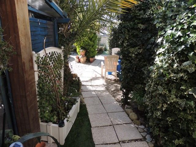 Vacation rental house / villa Vaux sur mer 390€ - Picture 17