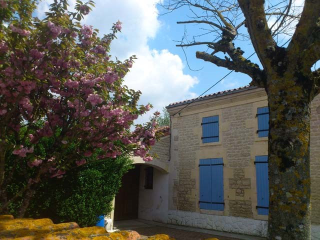 Sale house / villa Aulnay 86970€ - Picture 6