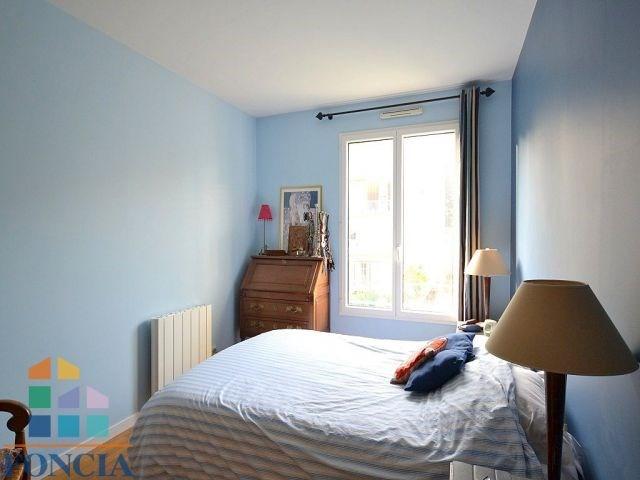Vente de prestige appartement Suresnes 830000€ - Photo 10