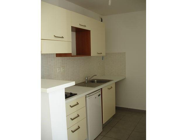 Location appartement Ste clotilde 566€ CC - Photo 5
