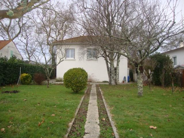 Vente maison / villa Saintes 111750€ - Photo 8