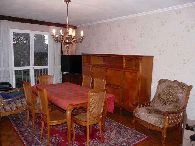 Verkoop  appartement Saint-genest-lerpt 90000€ - Foto 1
