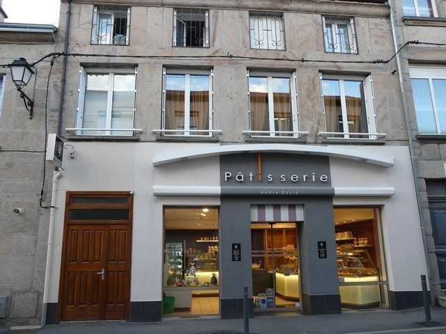Vendita licenza commerciale negozzio Saint-genest-lerpt 120000€ - Fotografia 2