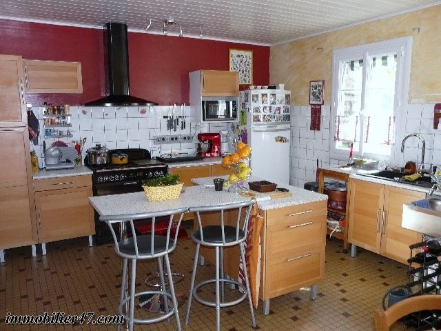 Sale house / villa Prayssas 199 000€ - Picture 5