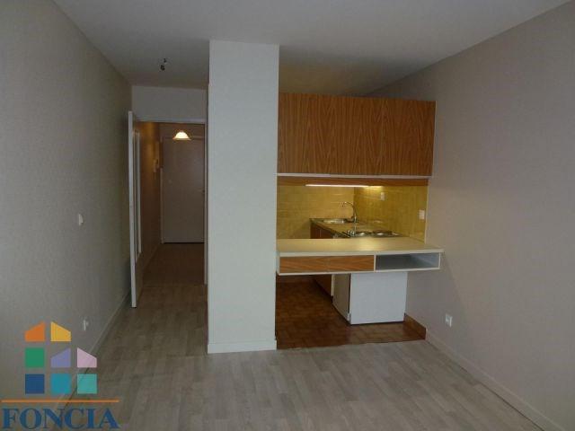 Locação apartamento Chambéry 437€ CC - Fotografia 1