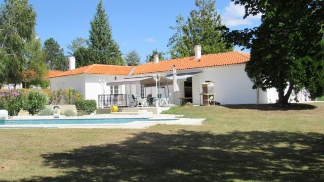 Sale house / villa Asnières-la-giraud 305950€ - Picture 1