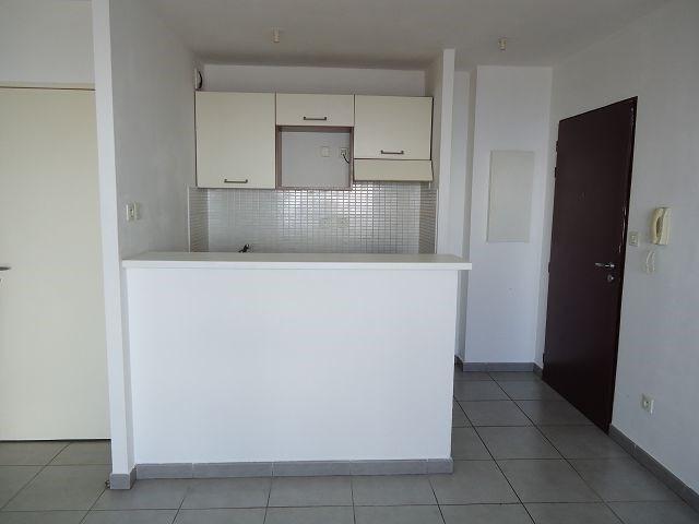 Location appartement Ste clotilde 540€ CC - Photo 1