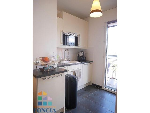 Rental apartment Suresnes 1620€ CC - Picture 7
