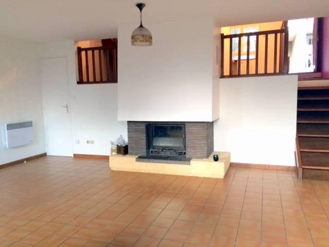 Location maison / villa Villeneuve-les-avignon 920€ CC - Photo 3