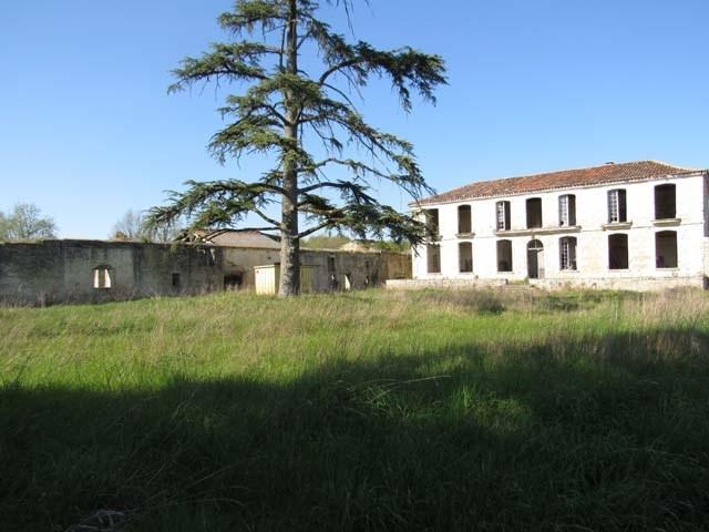 Sale house / villa Asnières-la-giraud 284800€ - Picture 2