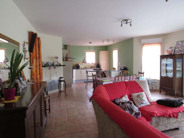 Vente maison / villa Ternant 169600€ - Photo 4