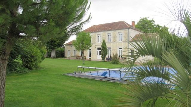 Sale house / villa Tonnay-boutonne 499200€ - Picture 8