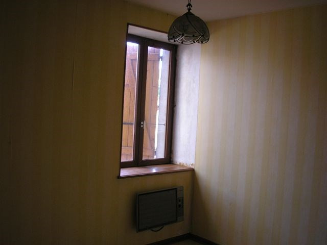 Rental apartment Bourgoin jallieu 405€ CC - Picture 4