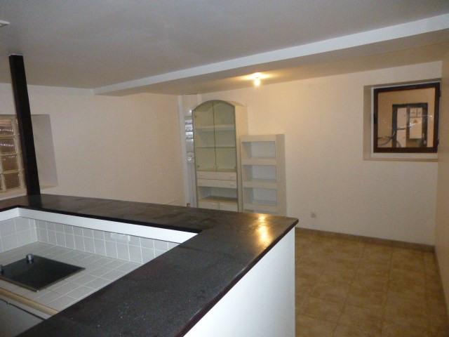 Location appartement Freneuse 689€ CC - Photo 1