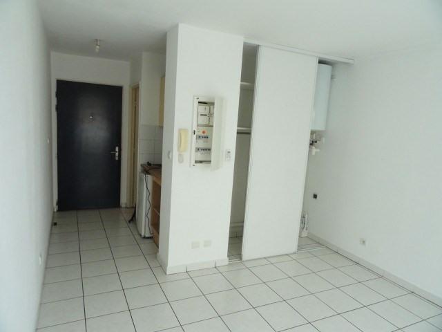 Location appartement St denis 303€ CC - Photo 7