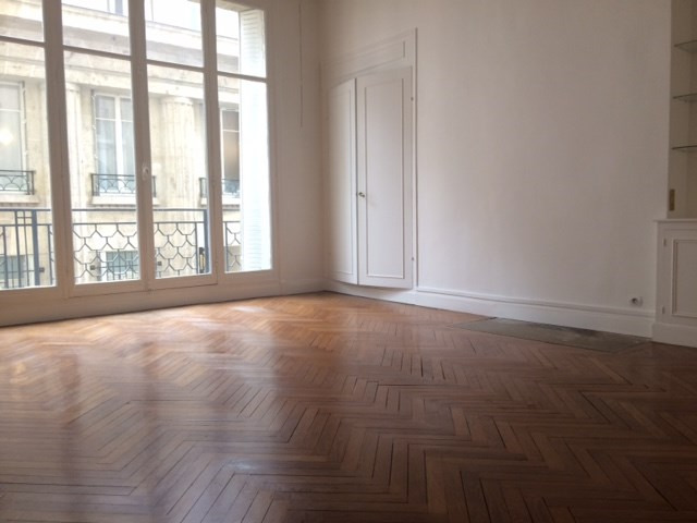 Location appartement Paris 16ème 2700€ CC - Photo 5