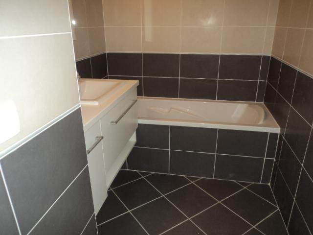Location appartement Lyon 8ème 1045€ CC - Photo 6