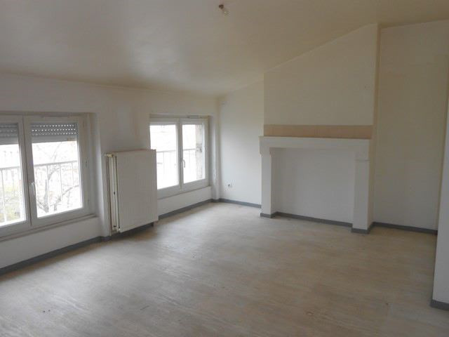 Rental apartment Saint-etienne 410€ CC - Picture 1