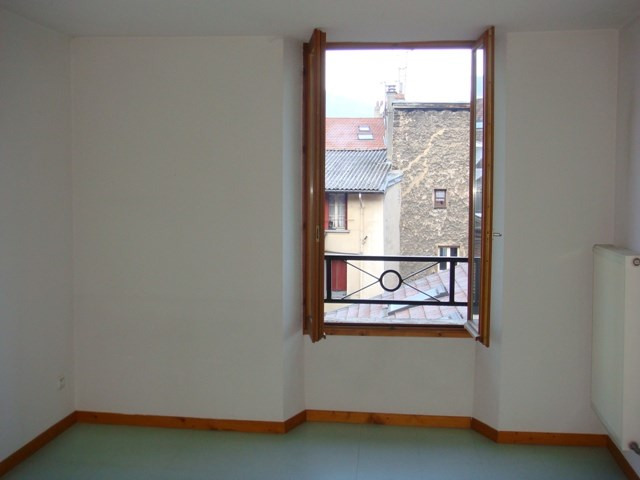 Location appartement Vizille 655€ CC - Photo 3