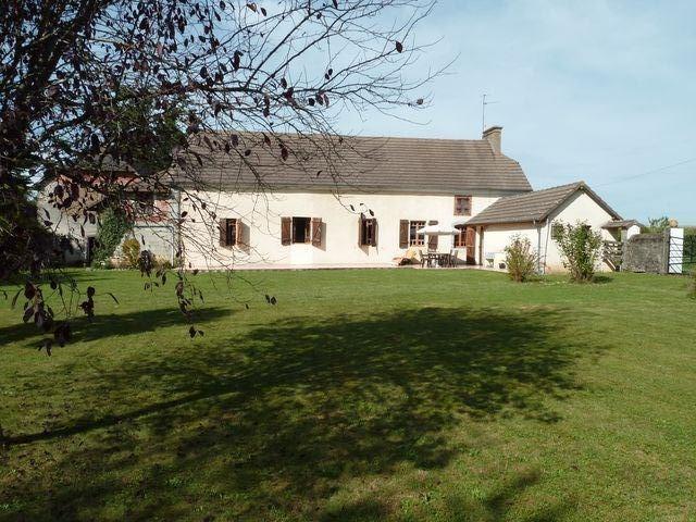Sale house / villa Soumoulou 230700€ - Picture 1