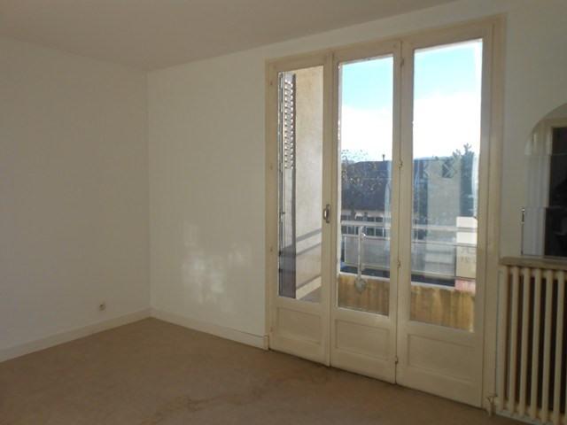 Rental apartment Saint-etienne 382€ CC - Picture 4