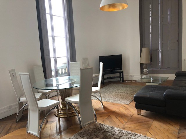 Rental apartment Paris 2ème 3 650€ CC - Picture 3