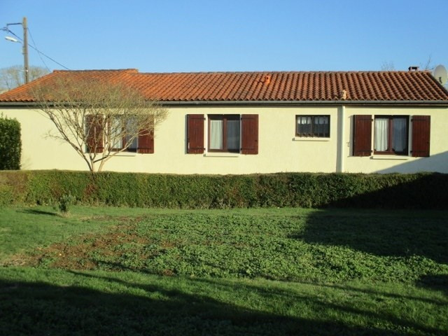 Sale house / villa Le douhet 173 000€ - Picture 2