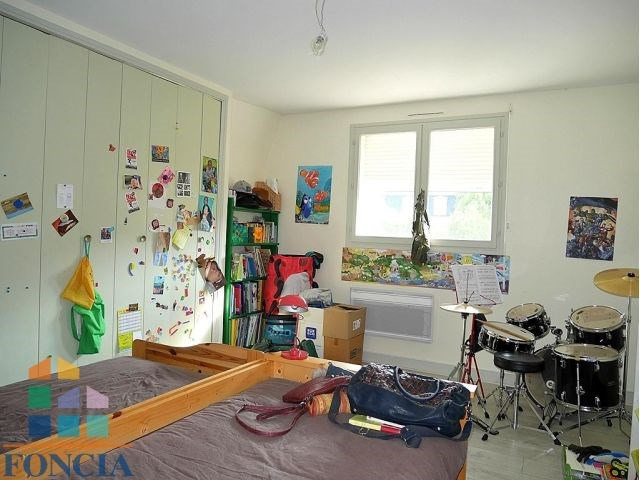 Location maison / villa Suresnes 2 740€ CC - Photo 12