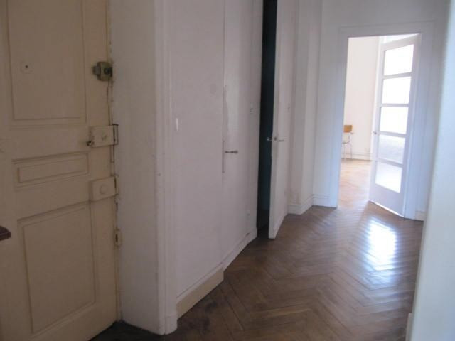 Location appartement Lyon 6ème 962€ CC - Photo 3