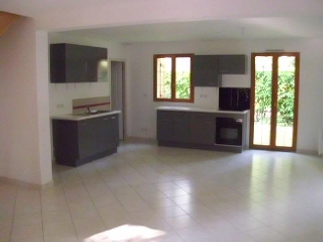 Rental house / villa Maurepas 1411€ CC - Picture 1