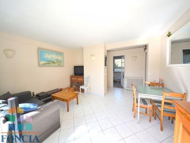 Sale apartment Suresnes 365000€ - Picture 2