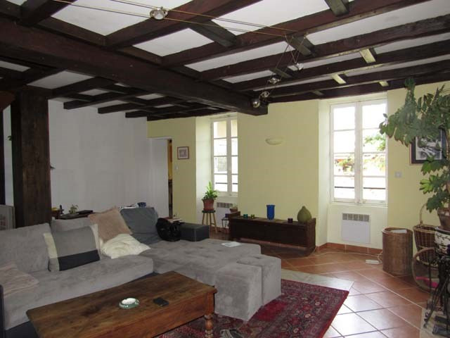 Sale house / villa Loulay 96 300€ - Picture 3