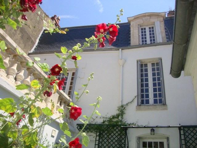Vente maison / villa Saint-jean-d'angély 227900€ - Photo 2